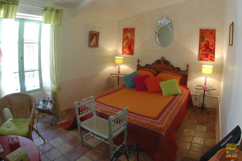 Chambres d 39 h tes la maison saint louis besse sur issole europa bed breakfast - Chambre d hote saint louis ...