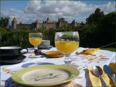 Chambres DHtes Les Hauts De Fontgrande Carcassonne  Europa Bed