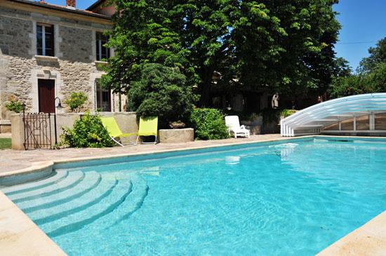 Chambres d 39 h tes au domaine p zenas europa bed breakfast - Pezenas piscine ...